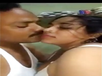 NORTH INDIAN desi horny milf LADY Bhaanupriya SUCKING HIS BOSS COCK DEEP IN HOTEL ROOM