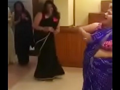 Indian aunties sex games